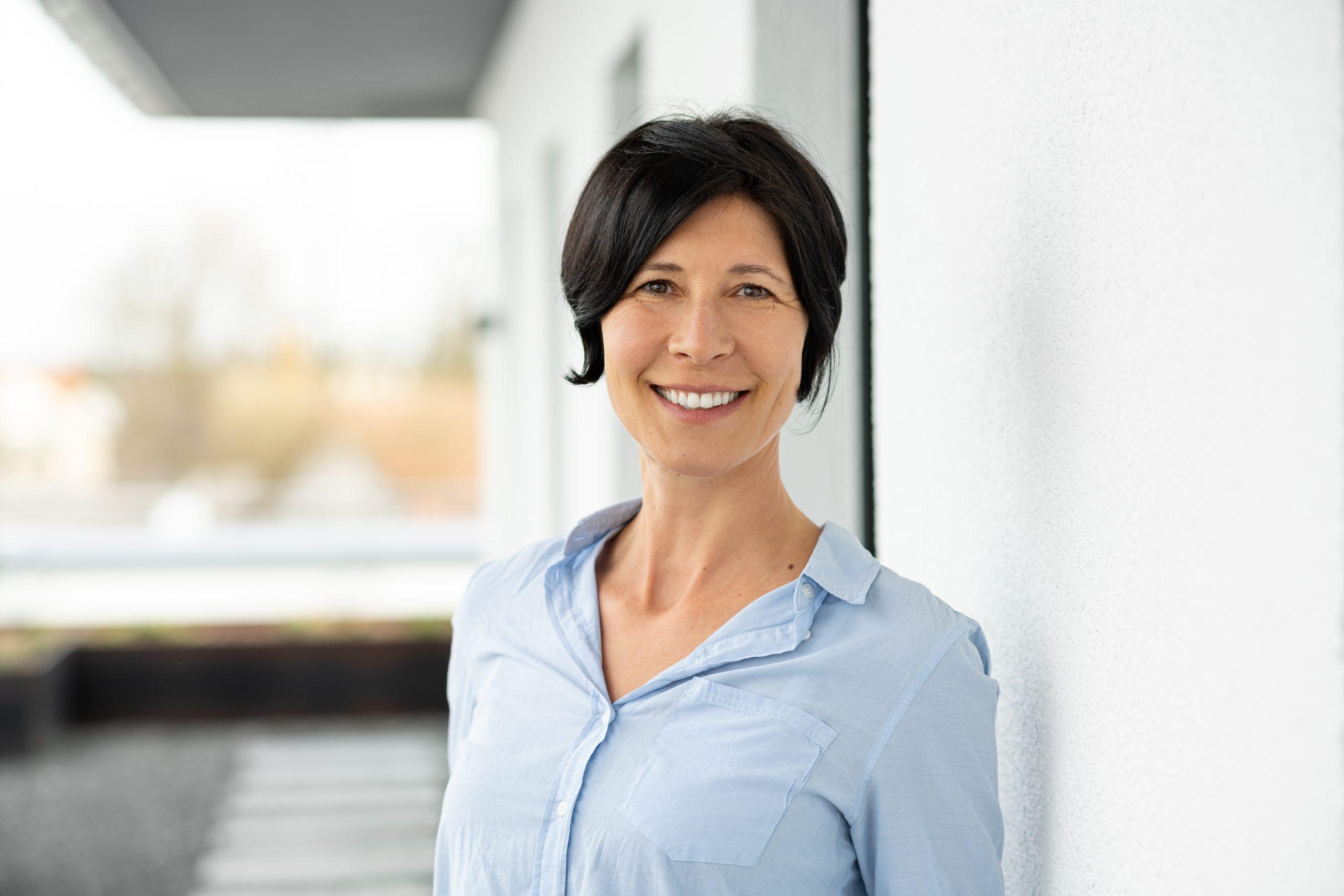 """""""Zusammen werden wir besser gehört"""" – Interview mit der VDOE-Vorstandsvorsitzenden Monika Bischoff"""